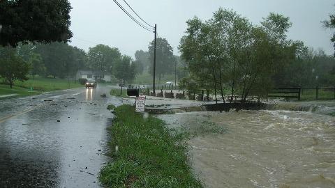 Orages. 200 personnes évacuées, routes coupées, écoles fermées à Luchon et Saint Béat Photo