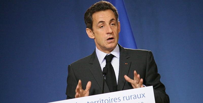 Sarkozy en meeting avec NKM à Paris. retour politique acté