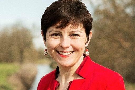 Carole Delga résume sur Twitter sa 1ere journée secrétaire d'Etat