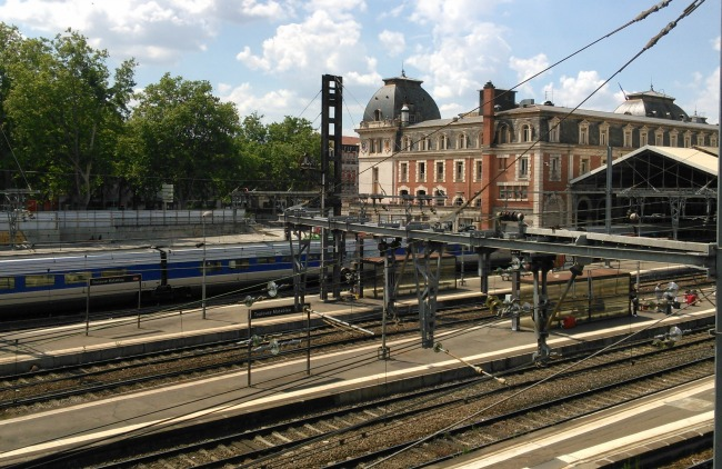 sncf pr visions de trafic en gare de toulouse matabiau pour vendredi. Black Bedroom Furniture Sets. Home Design Ideas
