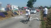 Tony Martin gagne à Cambrai et prend le maillot jaune à Chris Froome. Photo «Tony Martin.» par Roro 352 — Travail personnel. Sous licence CC BY-SA 4.0 via Wikimedia Commons.