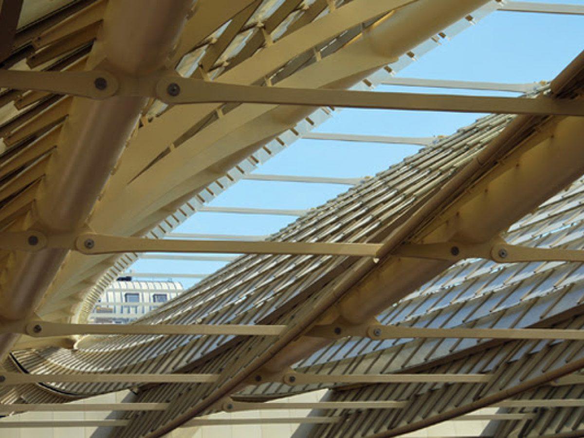 Architecte Paysagiste Midi Pyrénées les structures métalliques de la maison de l'architecture de