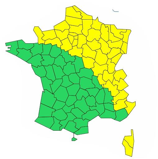 Orages, vents violents, avalanches : la moitié est de la France en vigilance météo