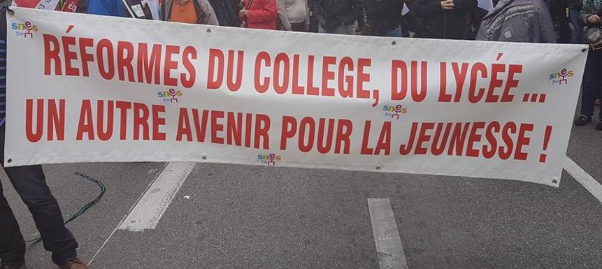 de bloquons tout à la réforme du collège : les slogans de la manif de Toulousaine