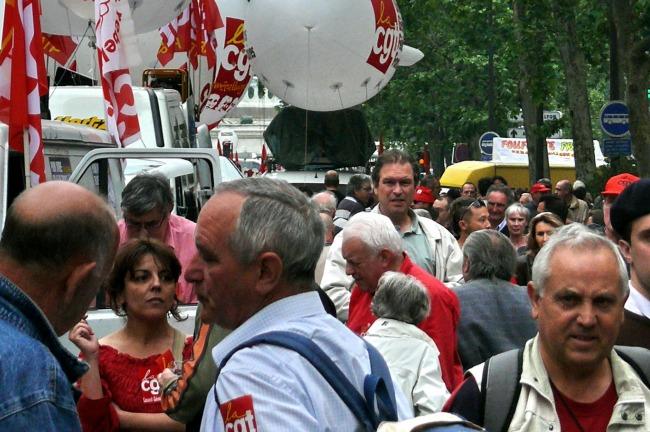 Manifestation à Toulouse. 6000 personnes selon la police, 20 000 pour les organisateurs