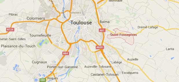 Toulouse. Nu, dérangé il dégrade des voitures puis s'enfuit au cul d'un camion