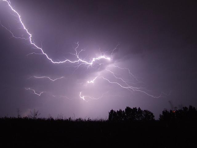 Attention les orages arrivent sur Toulouse et le Sud ouest