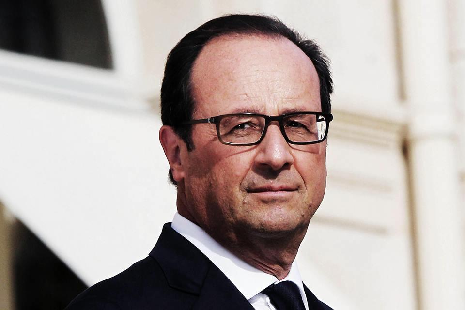 """François Hollande s'exprime sur la baisse du chômage et évoque """"une tendance installée"""""""