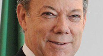 Santos, président de Colombie, Prix Nobel de la Paix, salué par François Hollande