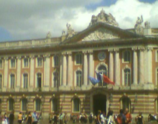Toulouse - un écran géant sur la place du Capitole samedi pour France Samoa