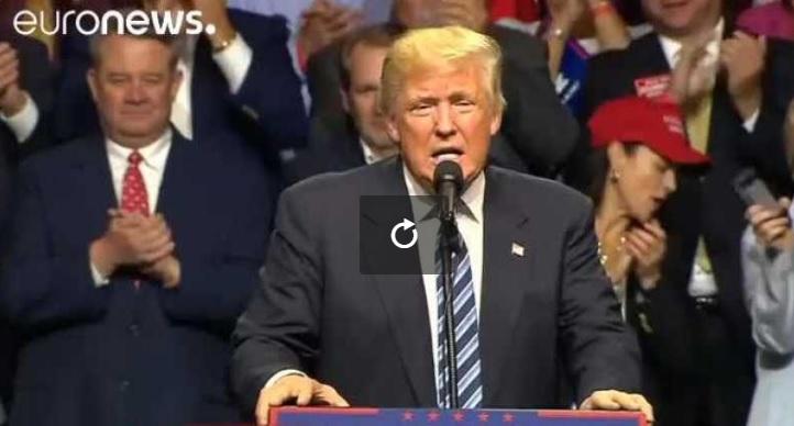 Le directeur de la CIA critique Donald Trump, qui réplique