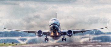 Un accord n'ayant pu être trouvé, les pompiers piste seront en grève ce vendredi, à l'aéroport de Toulouse-Blagnac. Le trafic aérien sera cependant maintenu. Les discussions avec la direction de l'entreprise Falck n'ayant pas permis d'aboutir à un accord, le préavis de grève déposé par les pompiers piste de l'aéroport de Toulouse-Blagnac est maintenu, pour le vendredi 20 janvier. Le trafic aérien sera cependant assuré, avec un niveau de protection incendie qui permettra une activité quasi normale, en raison du service minimum opérationnel mis en place par le préfet de région. Nous invitons les passagers ayant prévu de voyager ce vendredi à contacter leur compagnie aérienne pour connaître le statut de leur vol, avant de se rendre à l'aéroport.