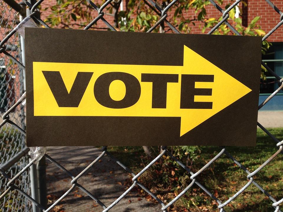 Sur le chemin des bureaux de vote avec les jeunes électeurs