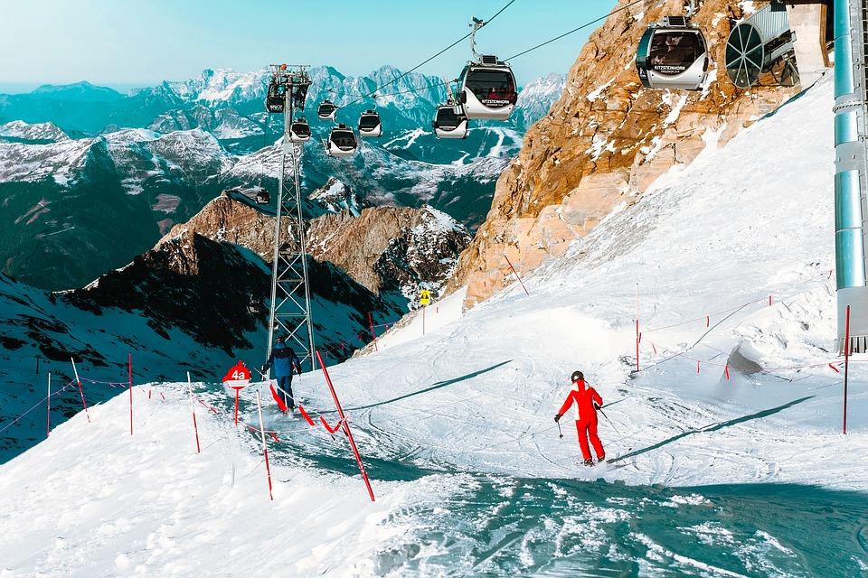 Ski. Pinturault et Worley gagnent, le ski français au sommet du géant mondial
