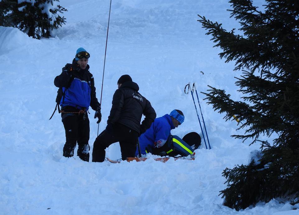Fort risque d'avalanches. les conseils des gendarmes des Hautes Pyrénées