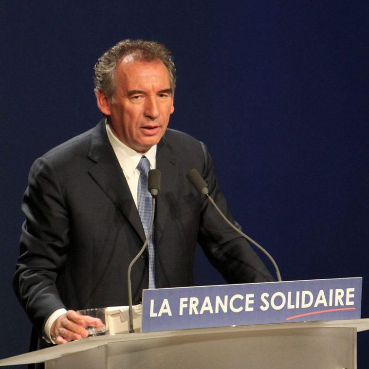 François Bayrou candidat à la présidentielle Réponse mercredi