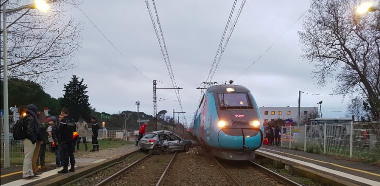 Miracle. une conductrice percutée par 2 trains s'en sort indemne