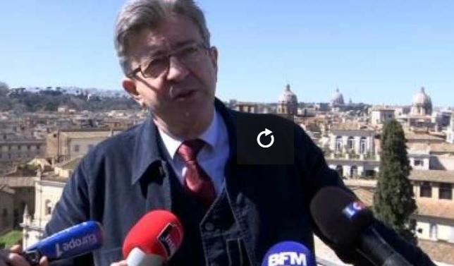 """Jean-Luc Mélenchon """"heureux"""" d'avoir réuni ses 500 parrainages"""