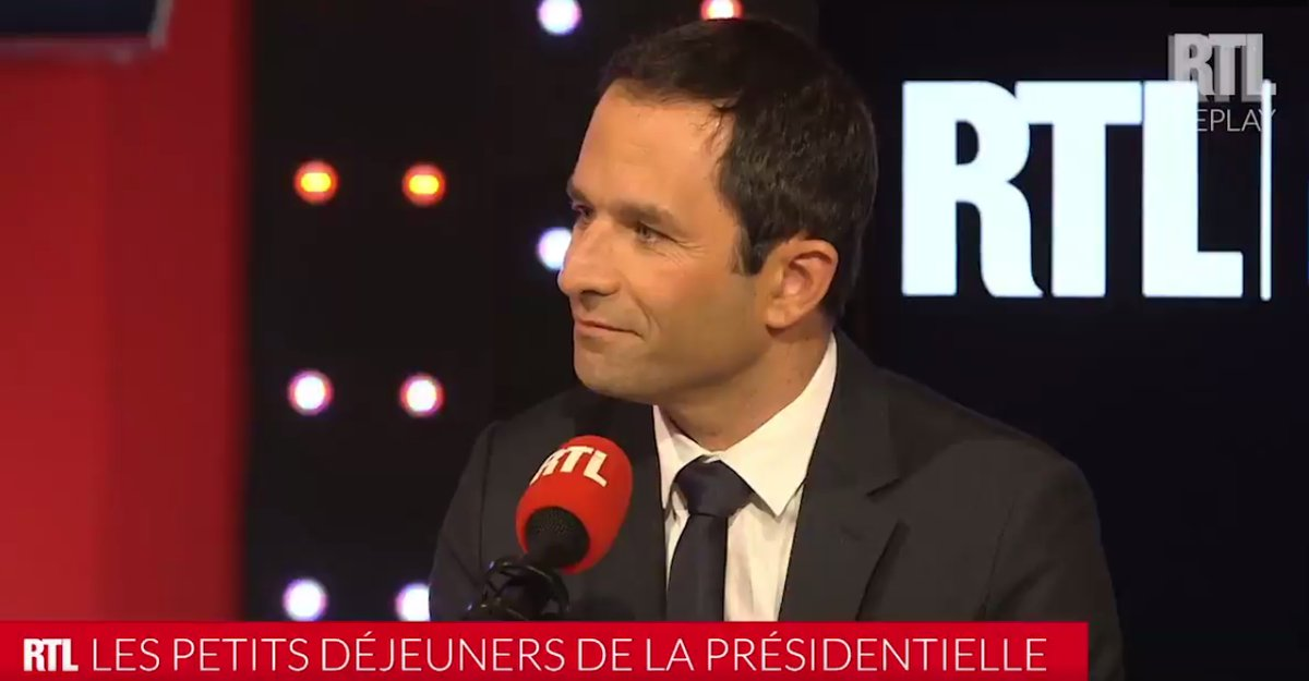 Le programme de Benoit Hamon en 10 messages Twitter