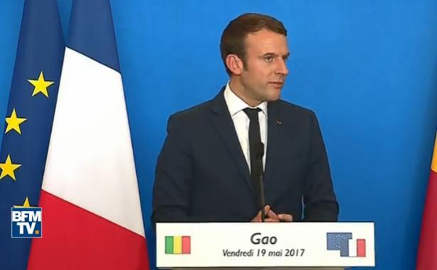 """Emmanuel Macron: """"La France continuera à être engagée au Mali"""""""