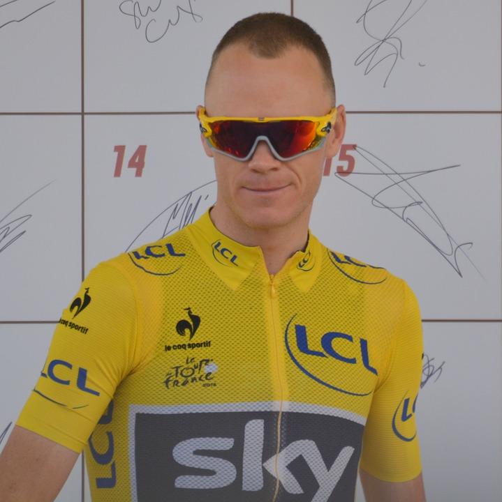 à Rodez, Froome a repris le maillot jaune à Aru