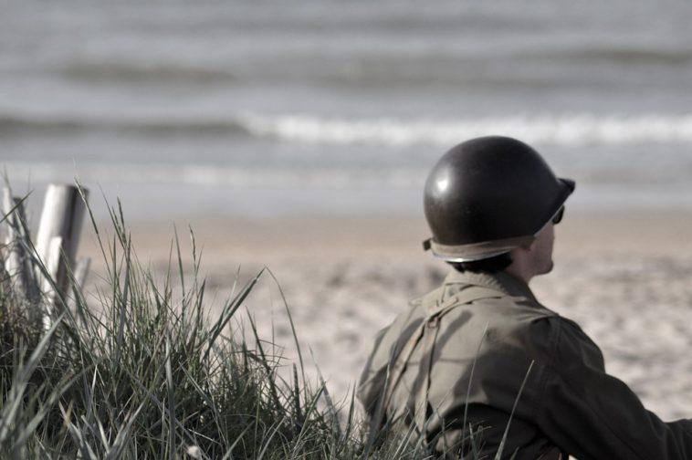 14 Juillet. un vétéran américain raconte le débarquement de Normandie