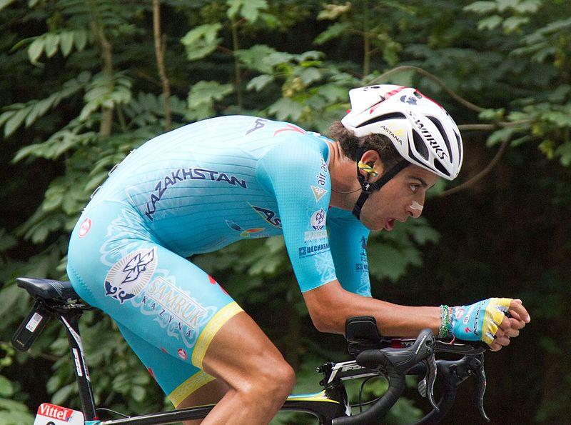Fabio Aru gagne, Froome maillot jaune