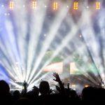 La Grande foule pour le concert de Guetta et le feu d'artifice à Toulouse