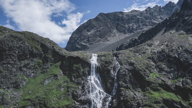 Pyrénées : une randonneuse décède dans le Luchonnais