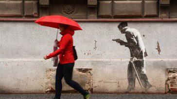 Météo Toulouse. averses de pluies, risque d'orages et 24 degrés vendredi après midi