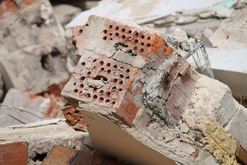 Tarbes Séméac, le mur de la honte démoli