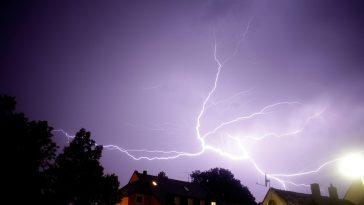 Tramway interrompu, supermarché fermé, un violent orage à touché Toulouse