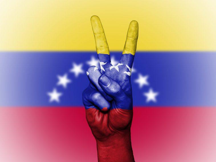 Venezuela. pressions internationales pour la libération de 2 opposants à Maduro
