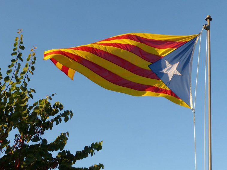 Catalogne. manifestation contre l'incarcération de 2 indépendantistes