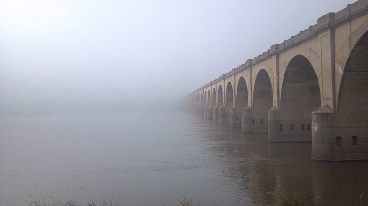 Météo Toulouse. un peu de brouillard, du soleil et 22 degrés mardi après midi