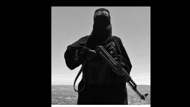 La bataille de Raqqa a lieu lors de la guerre civile syrienne durant l'opération Colère de l'Euphrate, dont elle marque la phase finale. Elle est lancée le 6 juin 2017 par les Forces démocratiques syriennes (FDS) afin de prendre la ville de Raqqa à l'État islamique. Elle s'achève le 17 octobre 2017 par la victoire des FDS qui prennent le contrôle de la ville.