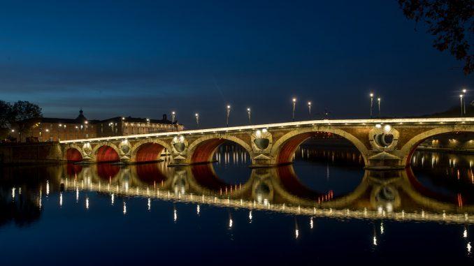 A Toulouse, une stèle en mémoire des femmes victimes de violences machistes