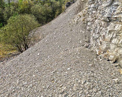 Violents orages. des routes coupées par des éboulements dans les Hautes Pyrénées