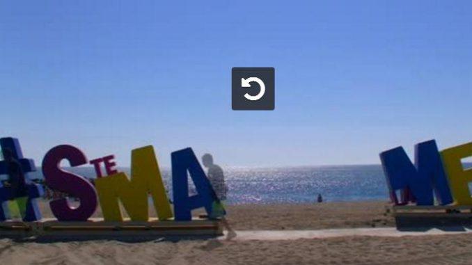 Des Lettres Geantes Installees Sur La Plage De Sainte Marie La Mer Video