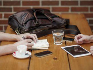 Deux français sur trois se disent dépendant de leurs outils connectés