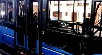 Dunkerque. un bus s'embrase sur la voie publique