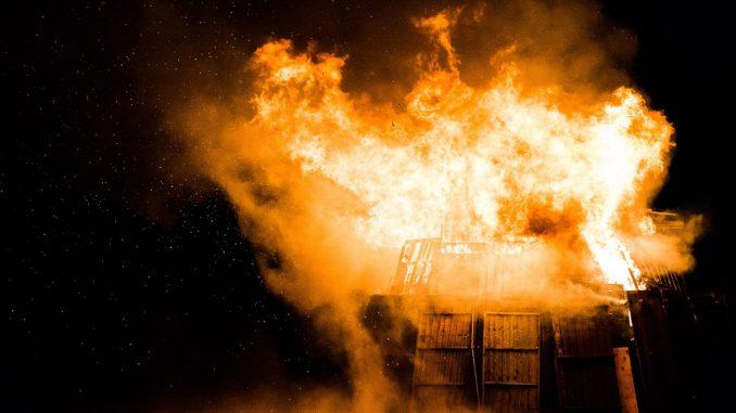 Incendie d'une ferme sur le Larzac