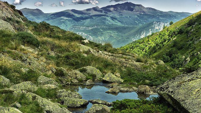 Pyrénées. un mort et un blessé grave dans une chute