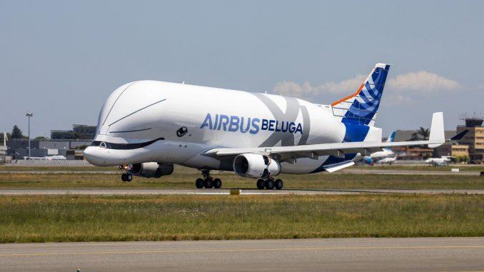 Vidéo - Premier vol pour le Beluga XL, nouveau géant des airs