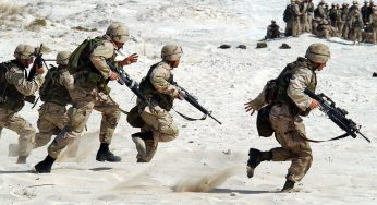 """Vaincu en Irak et affaibli en Syrie, Daech """"reste dangereux"""""""