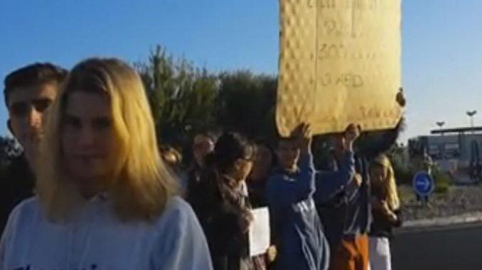 Aude. Manifestation en raison du manque de personnel au lycée de Lézignan-Corbières