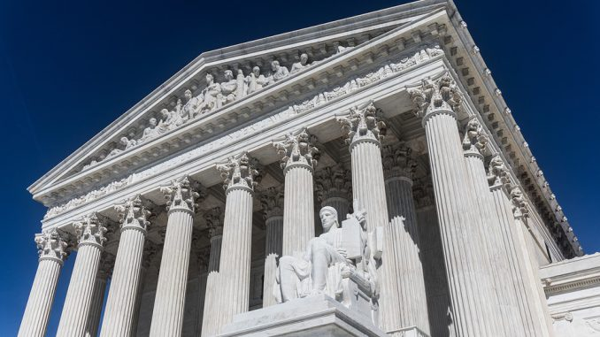 Donald Trump défend encore Brett Kavanaugh, candidat à la Cour suprême
