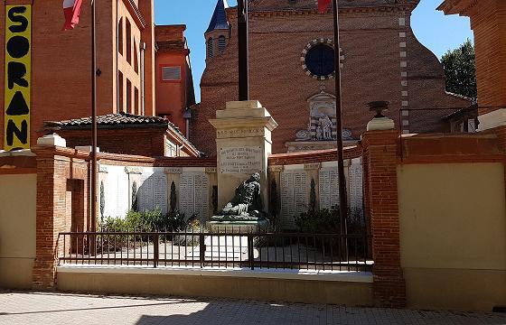 Le Monument aux morts de l'église Saint-Exupère a été restauré