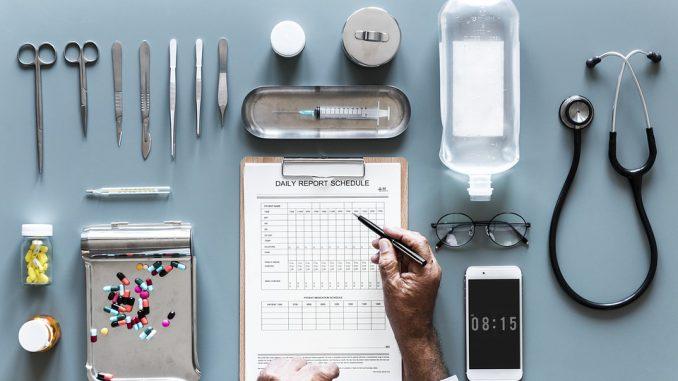 Numerus clausus, assistants médicaux : le plan santé de Macron en 5 mesures