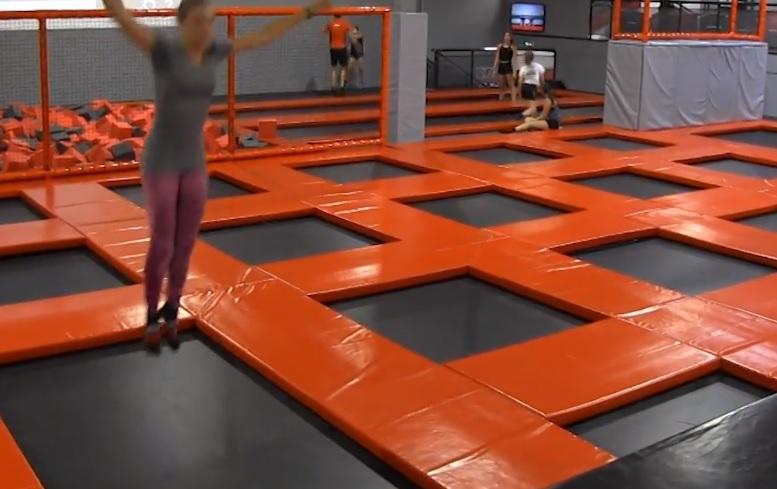 Un nouveau parc à trampoline a ouvert à Toulouse